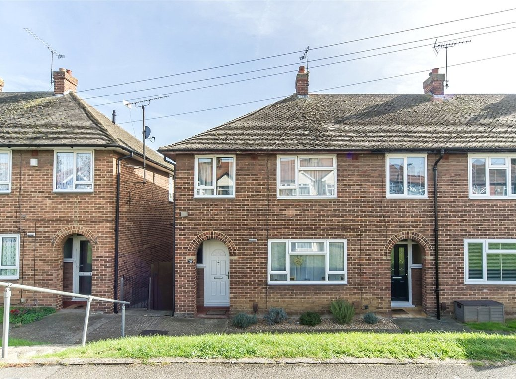 Property For Sale In Gillingham From Robinson And Jackson