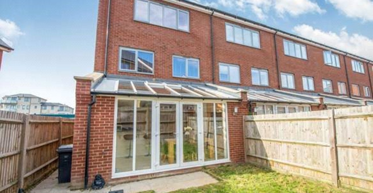 House for sale in hindmarsh crescent northfleet kent for 11 jackson terrace freehold nj