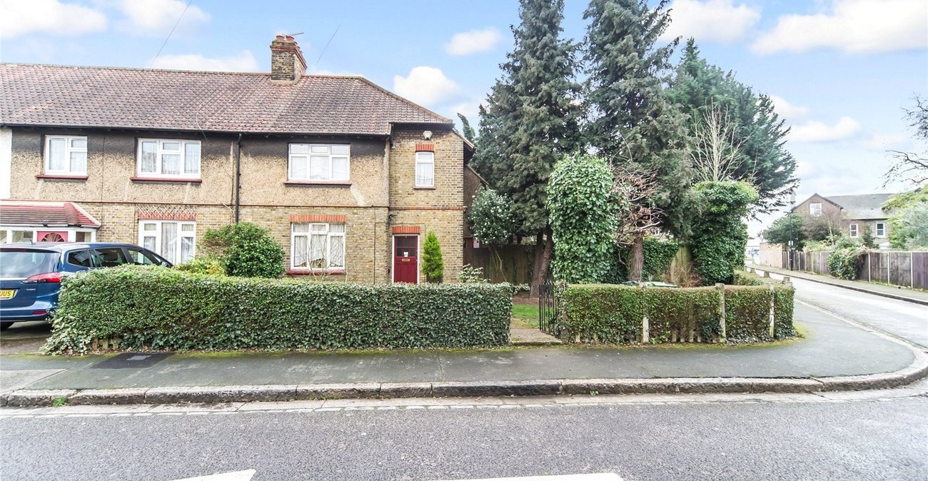 House for sale in keeling road eltham london se9 for 11 jackson terrace freehold nj
